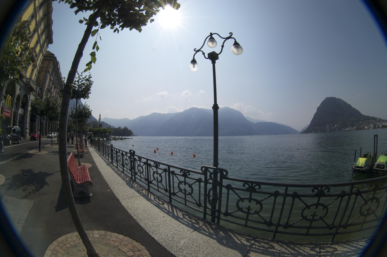 Lugano.-Uitzicht-over-meer